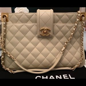 CHANEL Bags - CHANEL Light Beige Large Shopping >30 CM